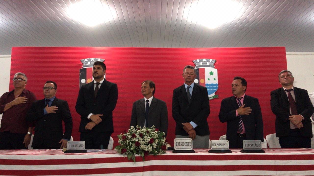 Em sessão solene Câmara de Jacaraú entrega Títulos de Cidadania Jacarauense