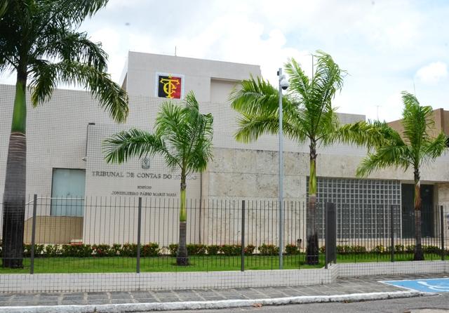 TCE Aprova contas de 2018 da Câmara de Jacaraú